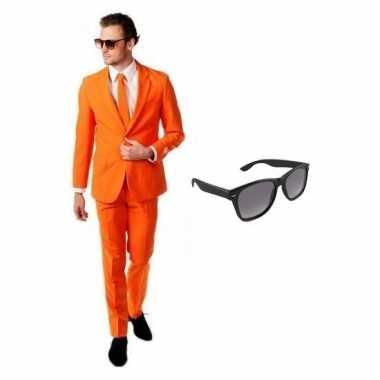 Carnaval verkleed oranje net heren kostuum maat (l) gratis zonnebril